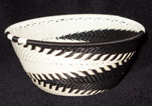 Small African Zulu Telephone Wire Basket/Bowl - Black White