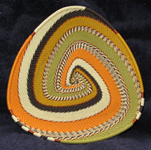 African Zulu Telephone Wire Basket Triangle Plate - Prairie Grasses