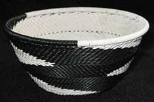 Small African Zulu Telephone Wire Basket/Bowl - Simply Black/White