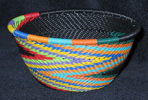 Small African Zulu Telephone Wire Basket Bowl - Reverse Swirl