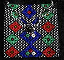 African Zulu Hand Beaded Mini Purse (p1)