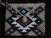African Zulu Hand Beaded Small Purse (p5)